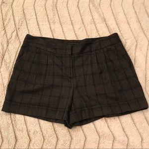 Apostrophe shorts